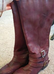 Shoes - Maroon Boots size 8
